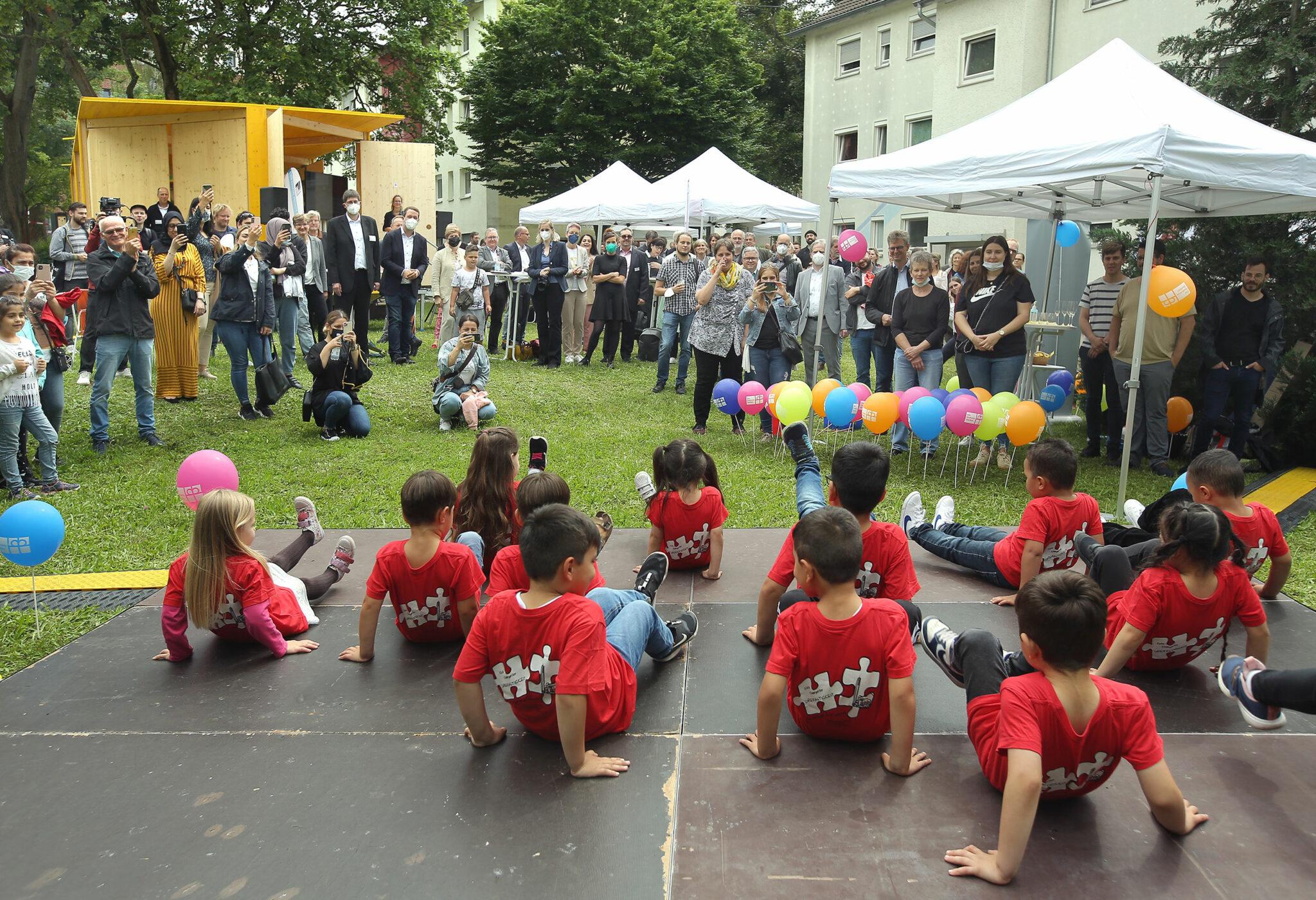 Eröffnung Laborbühne im Quartier »Am Rotweg« (Stuttgart). Bild: Petra Steinbacher / Stadtberatung Dr. Sven Fries
