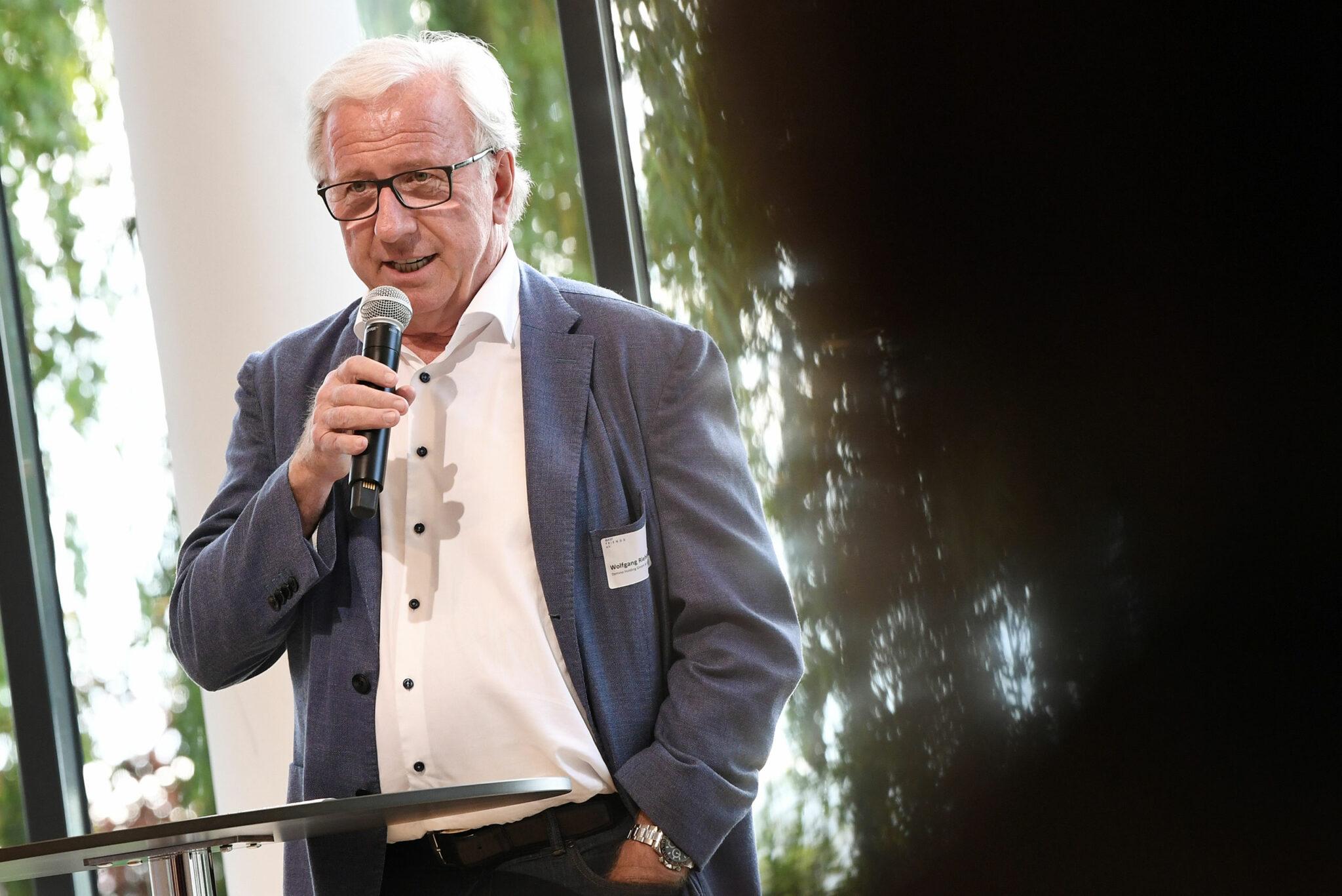 Wolfgang Riehle, Ehrenpräsident der Architektenkammer Baden-Württemberg und Vorsitzender der IBA'27 Friends e.V. (Bild: IBA'27 / F. Kraufmann)