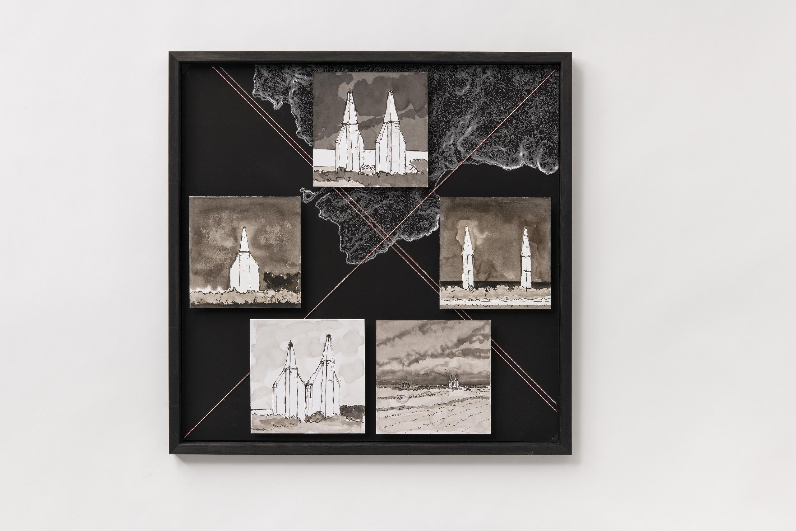 Florian Stocker, Die Kehre, Tuschezeichnung mit Lavage und Kalligraphie auf Druckgraphik, Schnurstickerei, 68 cm x 28 cm